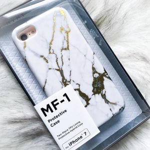 Accessories - 🆕the marble two piece phone case